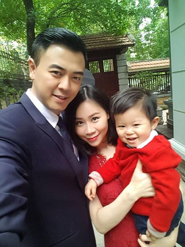 MC Tuấn Tú Về nhà đi con: Ồn ào chuyện lấy vợ tiểu thư lá ngọc cành vàng và cuộc tình trong phim với Huệ - Thu Quỳnh  - Ảnh 5.