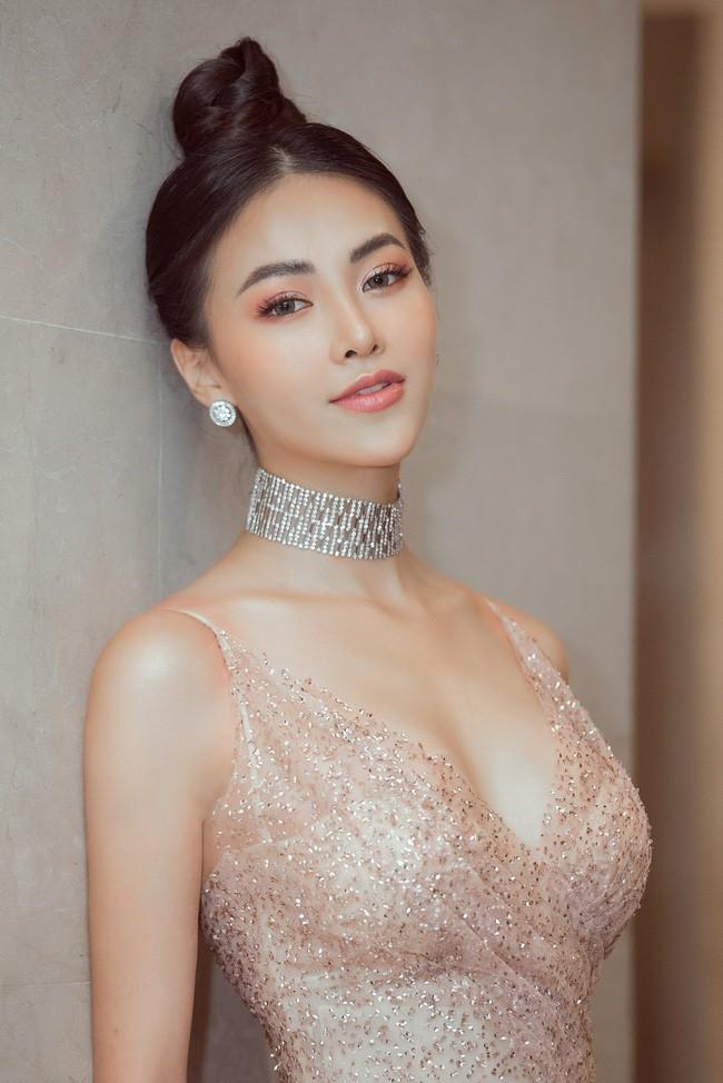Vượt Ngọc Trinh, Hoa hậu này bất ngờ gia nhập hội mỹ nhân eo con kiến với số đo 54cm - Ảnh 4.