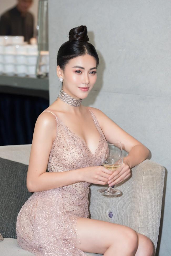 Vượt Ngọc Trinh, Hoa hậu này bất ngờ gia nhập hội mỹ nhân eo con kiến với số đo 54cm - Ảnh 5.