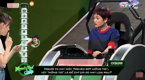 Những lần Hari Won khiến người chơi điên đầu vì đọc câu hỏi đã lơ lớ còn rùa bò tại gameshow Nhanh Như Chớp - Ảnh 7.