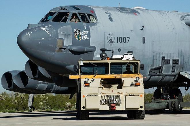 Iran giật mình khi Mỹ gọi tái ngũ pháo đài bay B-52 từ căn cứ Davis-Monthan - Ảnh 12.