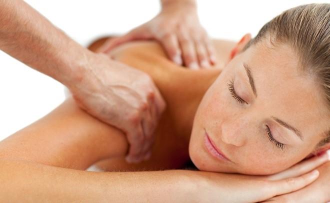 Nghe lời đến tiệm massage của thầy giáo để thư giãn, nữ sinh viên gặp họa kinh hoàng - Ảnh 2.
