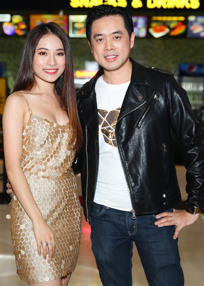Vẻ gợi cảm của ca sĩ trẻ yêu gần 1 năm, Dương Khắc Linh đã vội xin cưới - Ảnh 3.
