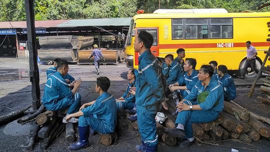 2 người tử vong, 3 người bị thương trong vụ nổ lò than  - Ảnh 1.