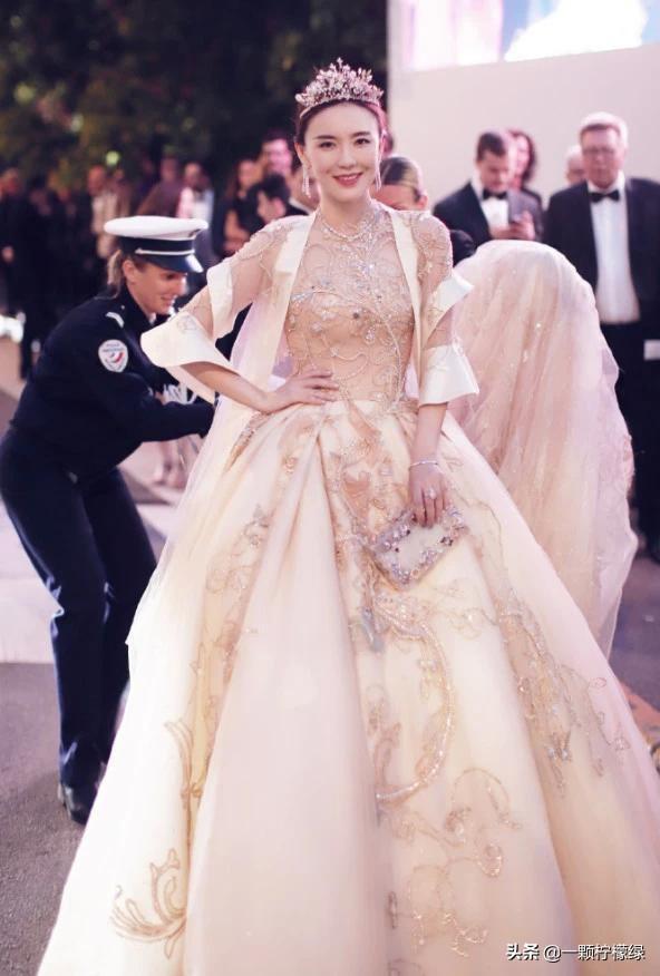 Sao nữ Trung Quốc nhục nhã, nhận kết đắng vì dùng tiền mua danh tại thảm đỏ LHP Cannes - Ảnh 3.