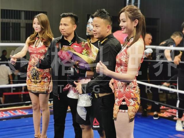 Đánh võ sư Vịnh Xuân chảy máu mũi, võ sĩ MMA Từ Hiểu Đông thắng knock-out chỉ sau 47 giây - Ảnh 3.