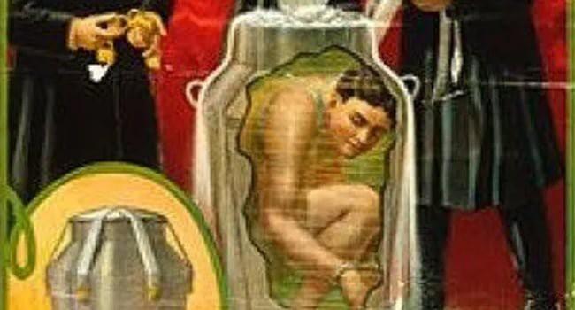 5 ảo thuật gia sinh nghề tử nghiệp gây ám ảnh: Người bị khán giả đấm chết, kẻ bị chính mánh khóe của mình đoạt mạng - Ảnh 4.