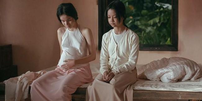 Nhân vụ nữ diễn viên 15 tuổi đóng phim 18+ gây sốc, fan đào lại cảnh cởi áo năm 16 tuổi của Lưu Diệc Phi - Ảnh 6.
