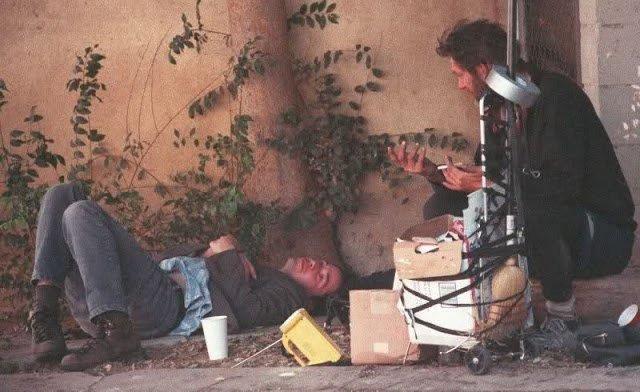 Keanu Reeves và Châu Tinh Trì: Hai ông hoàng sống tằn tiện, lập dị sau ánh hào quang - Ảnh 4.