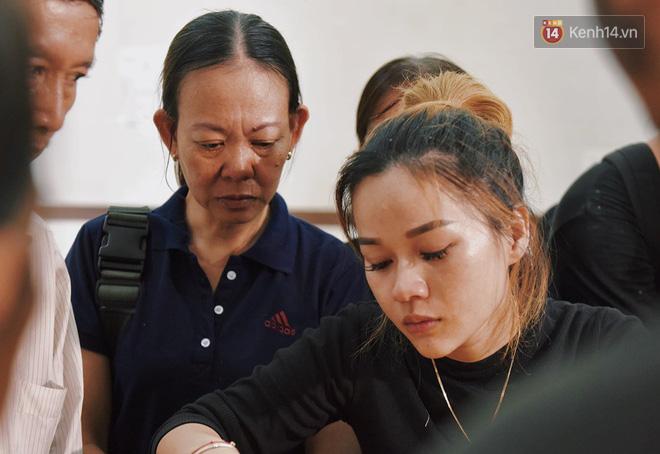 Con gái nghệ sĩ Lê Bình chia sẻ khoảnh khắc hạnh phúc khi chăm sóc ba lúc sinh thời kèm lời nhắn nhủ: Con nhớ ba - Ảnh 2.