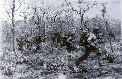 Lính tình nguyện Việt Nam vượt trận khát khủng khiếp nhất tại hang ổ Pailin đầy kim cương của Polpot - Ảnh 4.