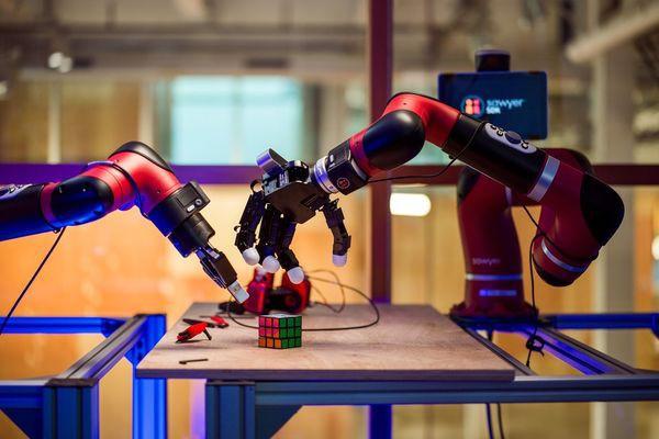 Chẳng ai ngờ Facebook cũng đang phát triển nhiều robot tới mức này - Ảnh 3.