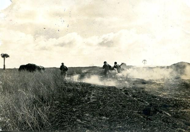 Đêm ra chốt giữa hai làn đạn, lính tình nguyện Việt Nam suýt tiếp đạn cho quân Polpot - Ảnh 4.