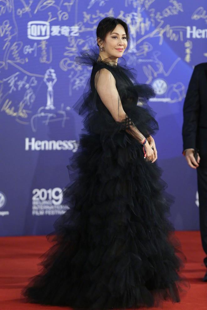 """Vén màn mặt tối đằng sau Cannes danh giá: """"Ngày hội tiền lương"""" của gái mại dâm và cơ hội vàng cho những kẻ vô danh đổi đời - Ảnh 21."""
