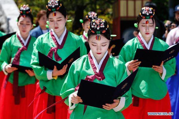 Lễ trưởng thành ở Hàn Quốc: Nghi thức đánh dấu bước ngoặt của thanh niên khi không còn phụ thuộc vào cha mẹ - Ảnh 8.