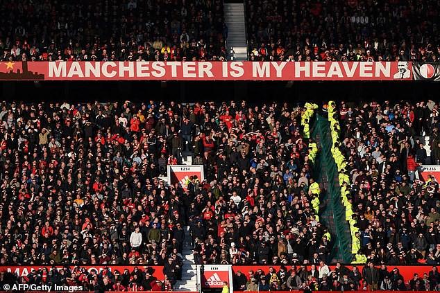 Rơi xuống đáy thất vọng, Man United vẫn bất ngờ đạt kỷ lục vô tiền khoáng hậu - Ảnh 1.