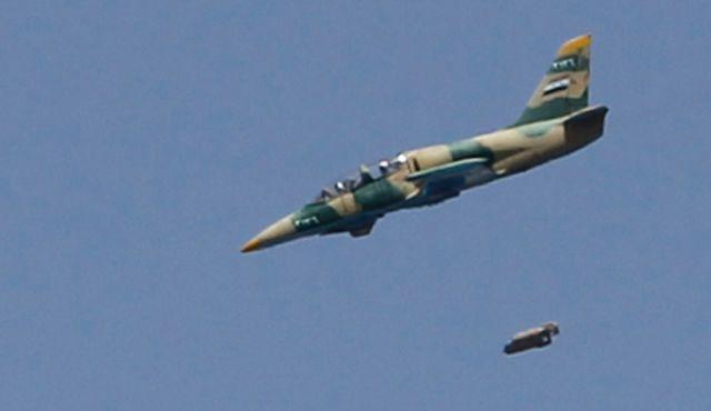 QĐ Syria đang đứng trước thế ngàn cân treo sợi tóc ở Hama - Ngày đen tối chưa từng có - Ảnh 5.
