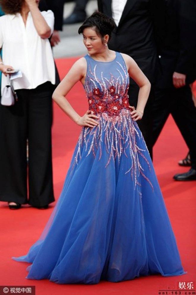 Ngọc Trinh cùng dàn mỹ nhân Việt đều gặp chuyện trớ trêu khi xuất hiện tại Cannes - Ảnh 10.