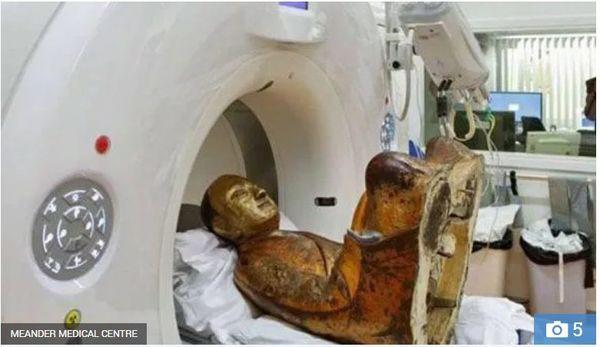 Tượng Phật 1.000 năm tuổi chứa xác ướp nhà sư chết trong thiền định - Ảnh 4.