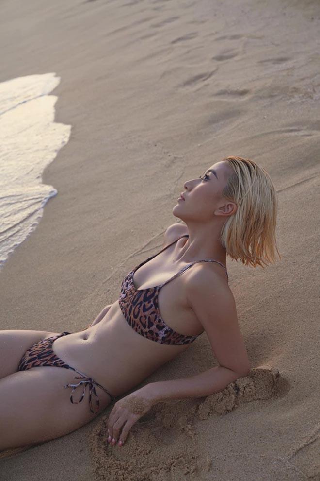 Quỳnh Anh Shyn khoe dáng nuột nà khi diện bikini - Ảnh 2.