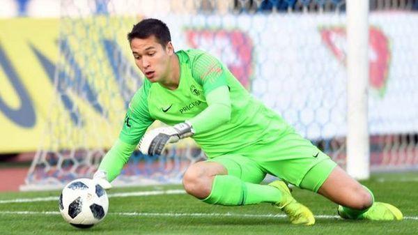 Thủ môn Việt kiều Filip Nguyễn được chọn kế nghiệp Petr Cech - Ảnh 1.
