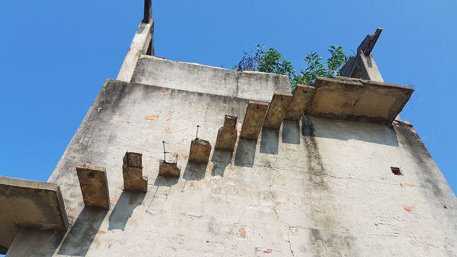 """Sự thật về góc bậc thang bỏ hoang """"cực chill"""" đang gây sốt ở Hội An: Cẩn thận không là """"một bước lên thiên đường"""" đúng nghĩa đen - Ảnh 10."""