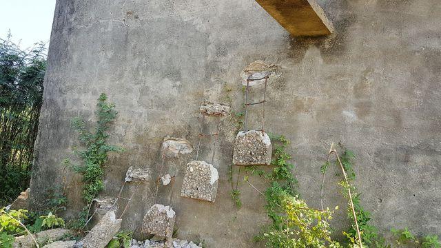 """Sự thật về góc bậc thang bỏ hoang """"cực chill"""" đang gây sốt ở Hội An: Cẩn thận không là """"một bước lên thiên đường"""" đúng nghĩa đen - Ảnh 14."""