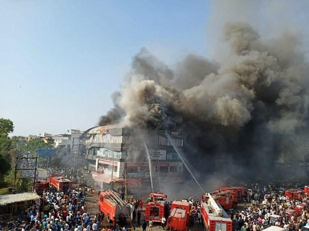 Cháy kinh hoàng tại Ấn Độ, hàng chục học sinh thương vong - Ảnh 1.