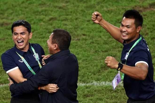Thái Lan liên tục diễn trò lố và lời cảnh báo cho bóng đá Việt Nam - Ảnh 4.