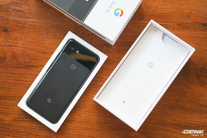 Trên tay Google Pixel 3a tại Việt Nam: Không đẹp, 1 camera nhưng hoàn toàn có thể khiến nhiều ông lớn nghìn đô tâm phục, khẩu phục - Ảnh 2.