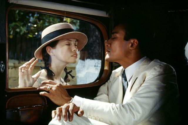 Từ phim 'Vợ ba' nhìn lại phim 18+ kinh điển 'Người tình'  - Ảnh 5.