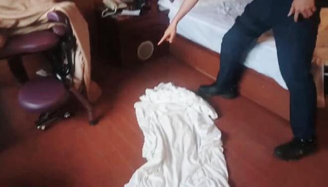 Không thấy trả phòng, nhân viên khách sạn lên kiểm tra phát hiện 4 du khách ngất lịm chỉ bởi sai lầm dùng xe ô tô của chính các nạn nhân - Ảnh 4.