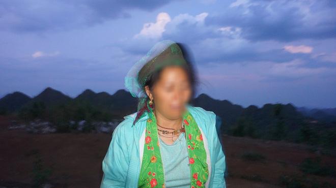 Mẹ KTV oà khóc trước sự việc con trai bị tố hiếp dâm bé gái 13 tuổi: Con gây ra chuyện thì cha mẹ cũng có một phần trách nhiệm - Ảnh 3.
