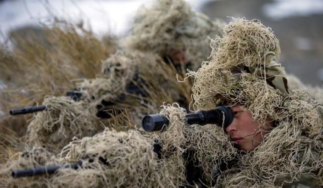 Giữa thương chiến, ông Tập Cận Bình đến Học viện lục quân chỉ đạo sẵn sàng chiến đấu - Ảnh 1.