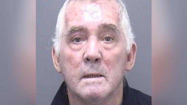 Bị tòa bắt giao nhà cho vợ cũ, người đàn ông phẫn uất cho nổ sập nhà gần 18 tỷ đồng rồi phải vào tù ở - Ảnh 1.