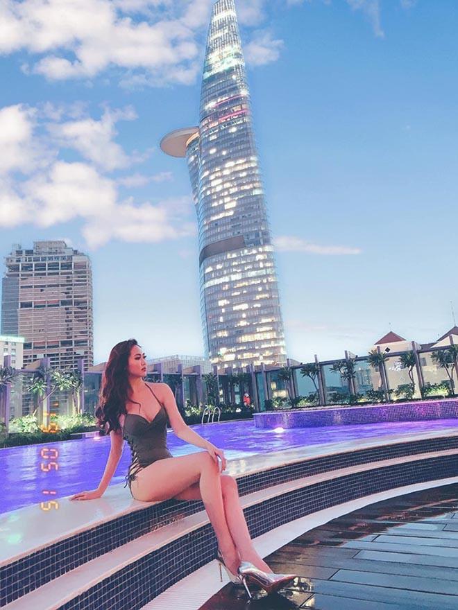 Loạt ảnh nóng bỏng của á hậu sinh năm 1995 - Ảnh 4.