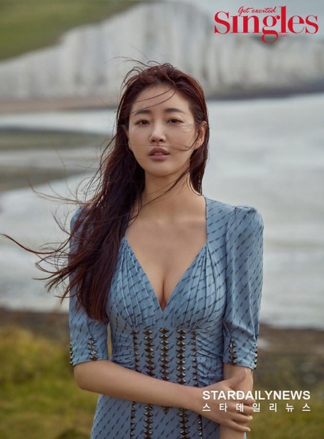 Hoa hậu ngực khủng Kim Sarang: Từ mỹ nhân nổi tiếng với cảnh tắm trần táo bạo tới xì xào bán dâm khiến sự nghiệp lao đao - Ảnh 4.