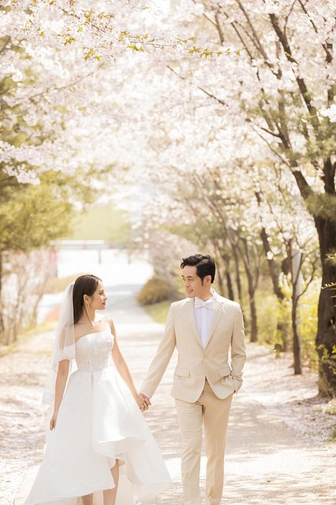 Dương Khắc Linh chịu chi cho đám cưới với ca sĩ trẻ kém 13 tuổi như thế nào? - Ảnh 5.