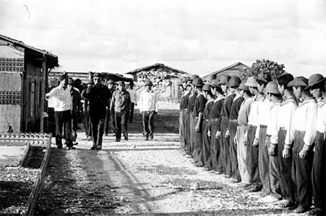 Ông Lê Mạnh Hà, con trai Đại tướng Lê Đức Anh: Đặc quyền lớn nhất mà gia đình chúng tôi có được là sự hi sinh - Ảnh 14.