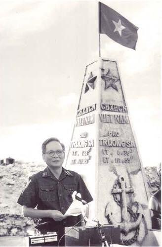 Ông Lê Mạnh Hà, con trai Đại tướng Lê Đức Anh: Đặc quyền lớn nhất mà gia đình chúng tôi có được là sự hi sinh - Ảnh 13.