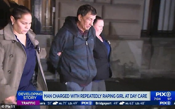 Bé gái tại trung tâm chăm sóc trẻ em Mỹ tố bị hiếp dâm suốt 4 năm liền - Ảnh 1.