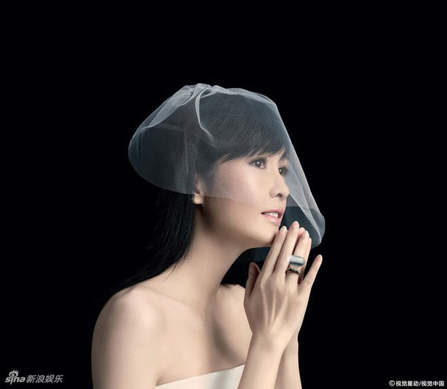 Hong Kong tự hào vì 1 ngọc nữ đẹp xuất sắc từ trẻ tới già: U51 mà trẻ đẹp như xuyên không về hồi 21 tuổi - Ảnh 11.