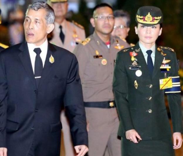 Ảnh: Vẻ đẹp của nữ tướng vừa được sắc phong làm Hoàng hậu Thái Lan - Ảnh 4.