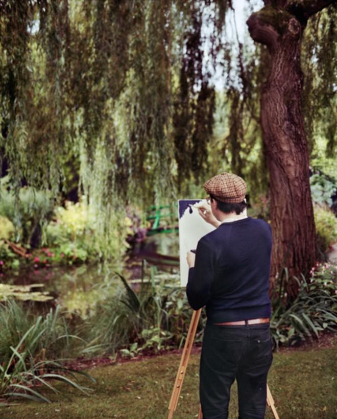 Góc rảnh rỗi: Anh họa sĩ chuyên đến điểm du lịch nổi tiếng chỉ để vẽ lại họa tiết trên áo mình - Ảnh 6.