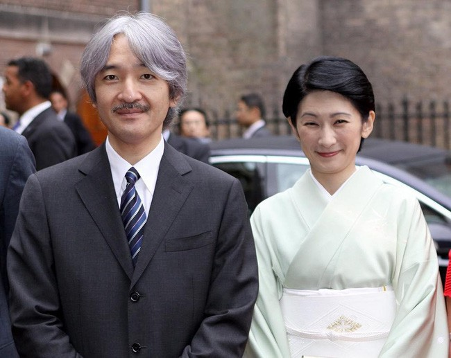Thân vương Fumihito - vị Tân thái tử chuẩn mực và cuộc hôn nhân gây tranh cãi nhưng rốt cuộc lại hóa giải khủng hoảng người kế vị của Hoàng gia Nhật - Ảnh 10.