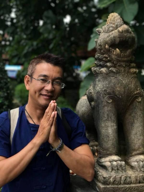Xúc động lời phê trong sổ liên lạc của thầy giáo Sài Gòn - Ảnh 2.