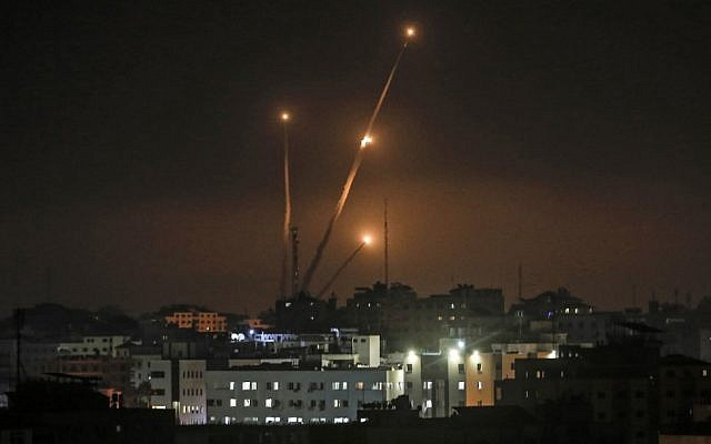 UAV Made in China tấn công siêu tăng Merkava IV Israel: Trượt vỏ chuối và gãi ghẻ? - Ảnh 3.