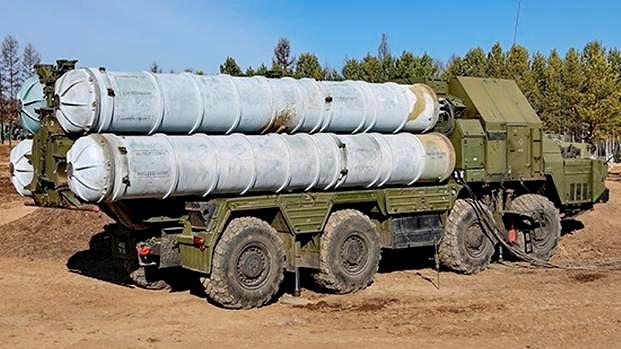 Thất vọng nặng nề với S-300PMU-2, Iran sẽ mua HQ-9 Trung Quốc thay thế? - Ảnh 3.