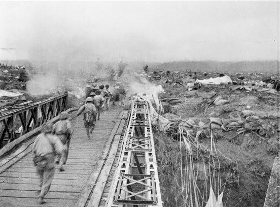 [Photo] Quân đội Việt Nam trong sự nghiệp giải phóng dân tộc - Ảnh 1.
