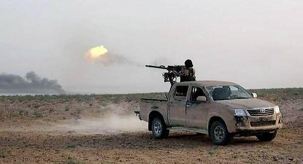 Bất ngờ lớn khi đặc nhiệm Nga cũng tin dùng chiến xa bán tải Toyota Hilux - Ảnh 10.